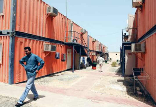 Dubai-Worker-Shipping-Container-Homes-2