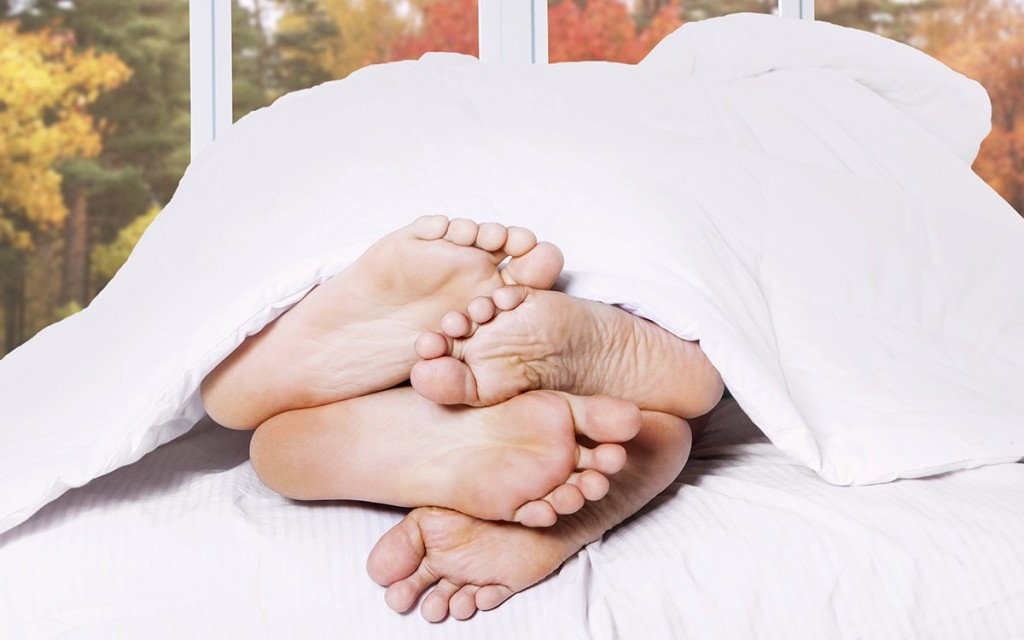Feet_Header_1465592274