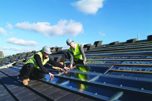 1221171_Zero_Carbon_solar_panels