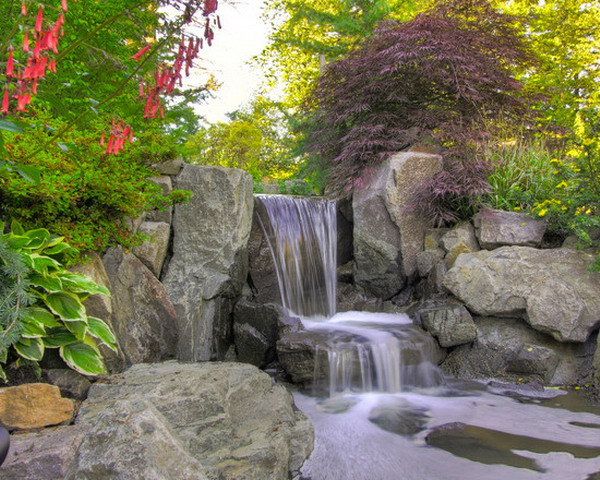 Beautiful-Mini-Waterfall-Garden-Patio